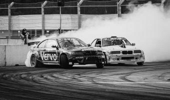 Baltijas drifta sezonas noslēgumā dramatiskas cīņas un tiek noskaidroti čempioni